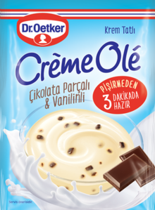 Crème Olé with Chocolate Chips and Vanillin